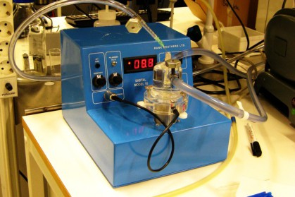 One of the most commonly used devices for measuring oxygen dissolved in solution. Sometimes, it is also used for measuring the partial pressure of oxygen in the gas phase.